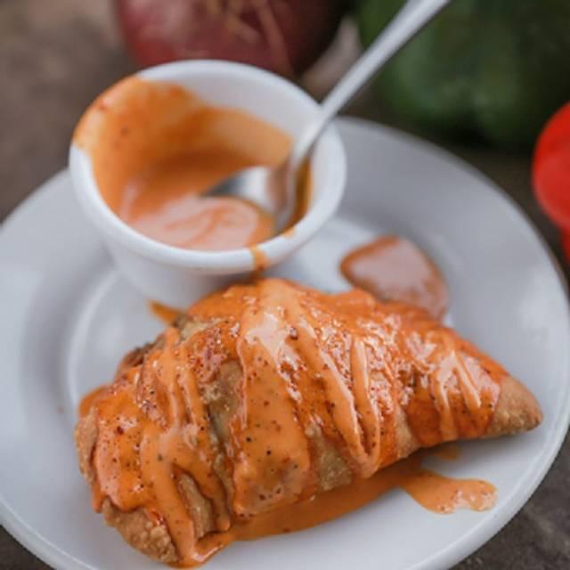 Empanada De Marlin Con Queso - La Mariskeña Campestre, León, GUA