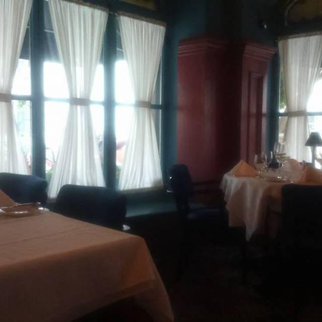 Restaurant Le Continental, Québec, QC