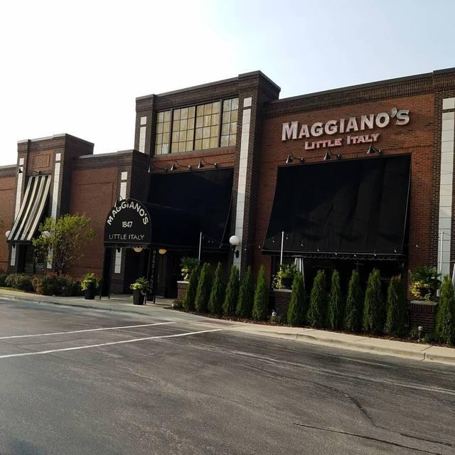 Maggiano's - Naperville, Naperville, IL