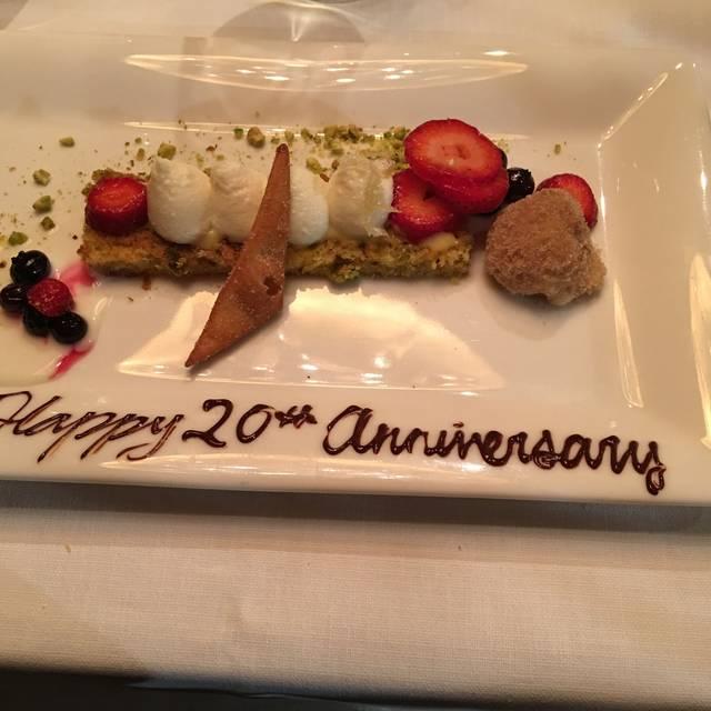 George Restaurant, Toronto, ON