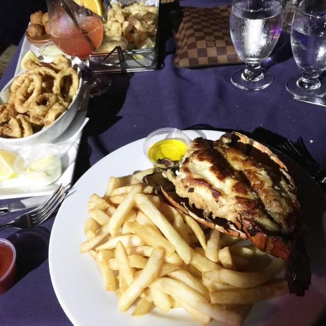 Pelican Nest Seafood Grill, Palm Beach, Aruba