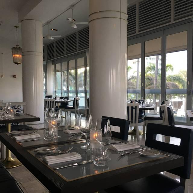 Scarpetta Fontainebleau Miami Beach Restaurant Fl
