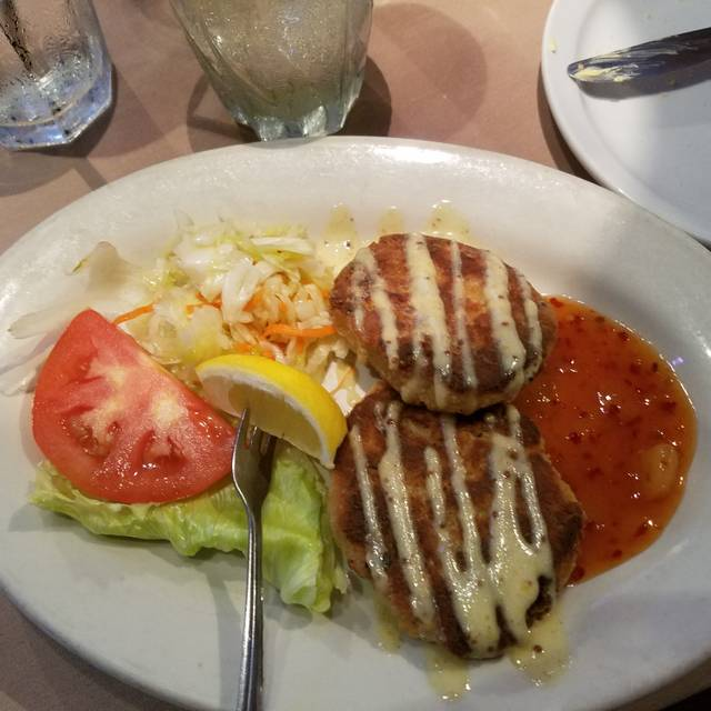 Chef Rolf's Tuna's Seafood Restaurant, North Miami Beach, FL