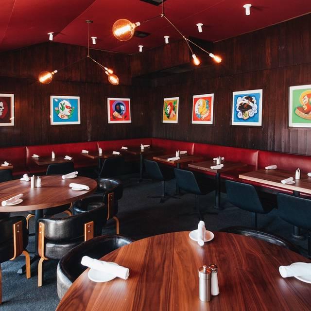 Dining Room - Mercado Taqueria, Studio City, CA