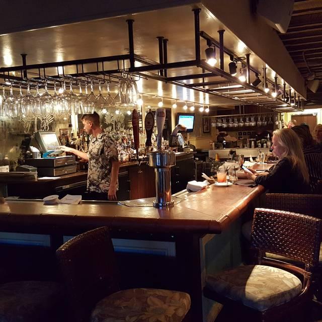 Tommy Bahama Restaurant & Bar - Sarasota, Sarasota, FL
