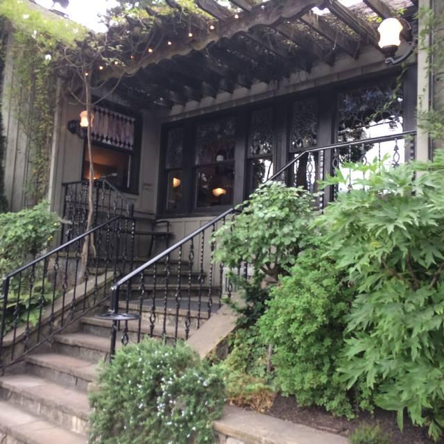 Meriwether's Restaurant & Skyline Farm, Portland, OR