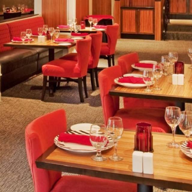 Dining Area - Zebra Room, Kansas City, MO