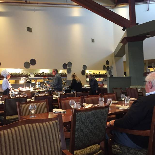 Eclipse Restaurant - Deerhurst Resort, Huntsville, ON