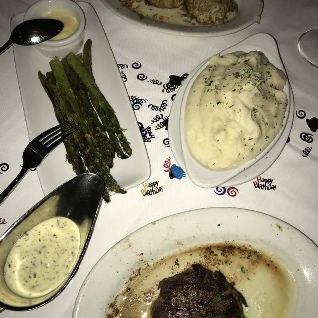 Ruth's Chris Steak House - Niagara Falls, Niagara Falls, ON