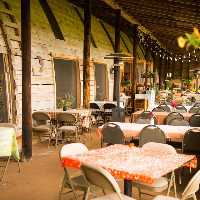 Farm To Table Restaurants With Gardens Gallery: Freehands Farm To Table Farm Restaurant