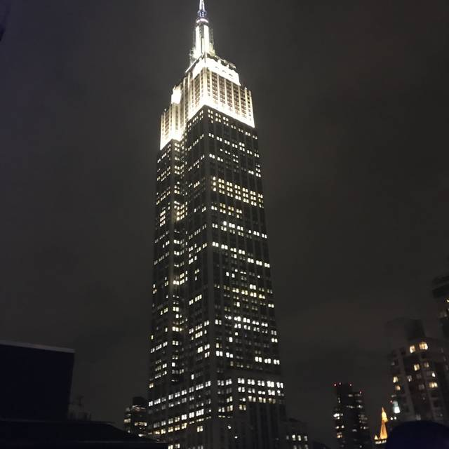Monarch rooftop lounge restaurant new york ny opentable for 1271 6th avenue 35th floor new york ny 10020