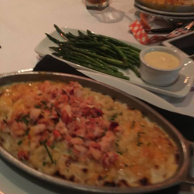 Ruth's Chris Steak House - Nashville, Nashville, TN