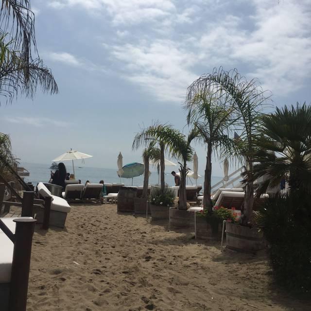 Paradise Cove Beach Cafe, Malibu, CA