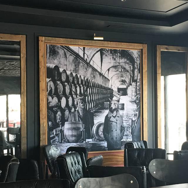 Zag-lugar - Zagros Wine and Grill, Hermosillo, SON