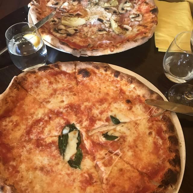 Tomo pizzeria and restaurant, London