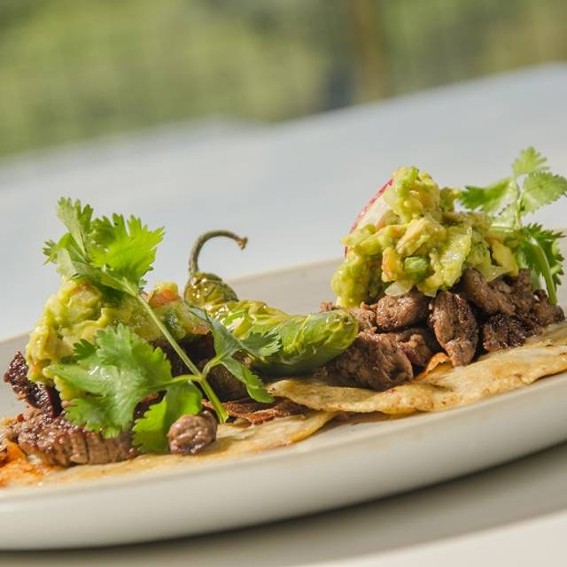 Tacos De Filete De Res - El Lingote, Monterrey, NLE
