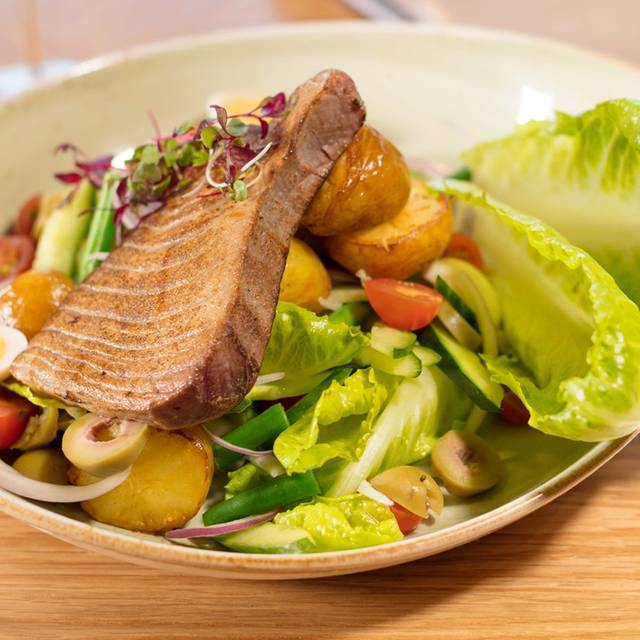 Nicoise Salad - Giorgios Restaurant, Armadale, AU-VIC