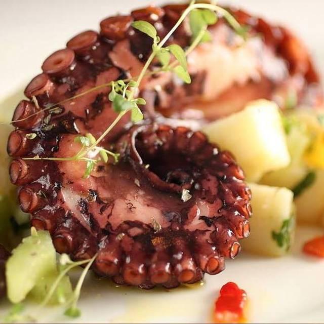 Octopus - Vinum Wine Bar & Restauarant, Staten Island, NY