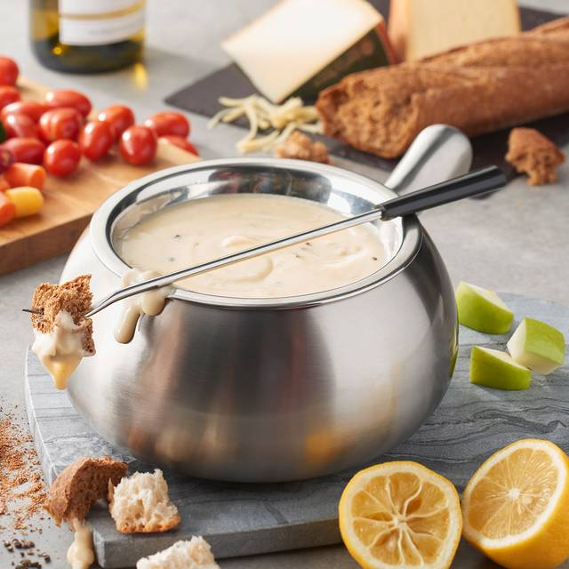 Classic Alpine Cheese Fondue - The Melting Pot - Pensacola, Pensacola, FL