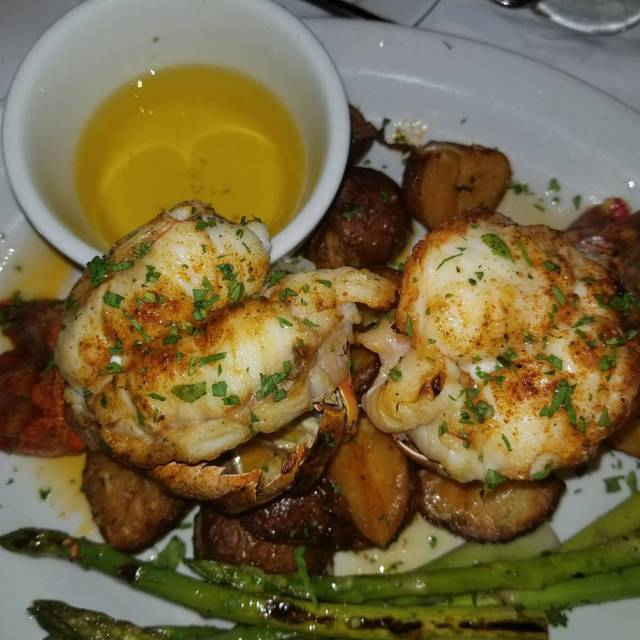 Hudson Restaurant In Freeport Ny