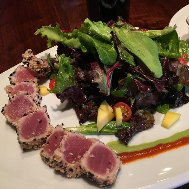Ahi Tuna Salad Plate - The Village Anchor, Louisville, KY