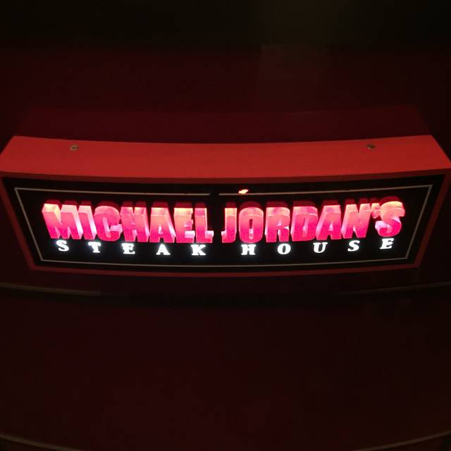 Michael Jordan's Steakhouse, Chicago, IL