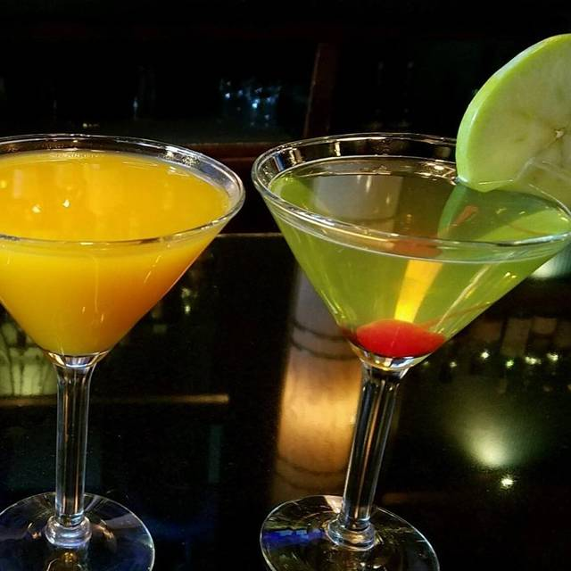 Drinks - Thom Thom Steak & Seafood Restaurant, Wantagh, NY
