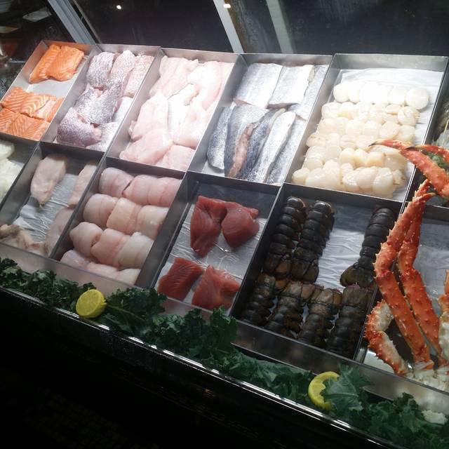 C&S Seafood & Oyster Bar, Atlanta, GA