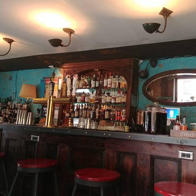 Chez Oskar, Brooklyn, NY