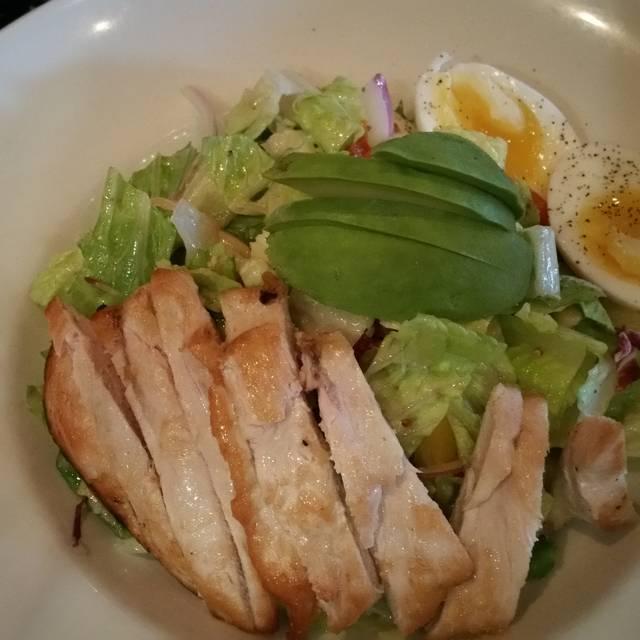 Trattoria Italian Kitchen Restaurant - Vancouver, BC