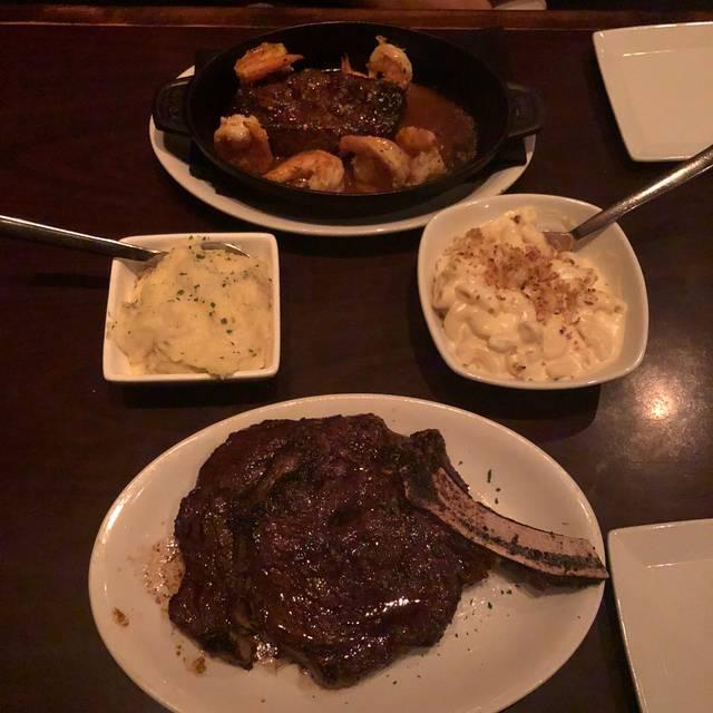 Arrowhead Grill, Glendale, AZ