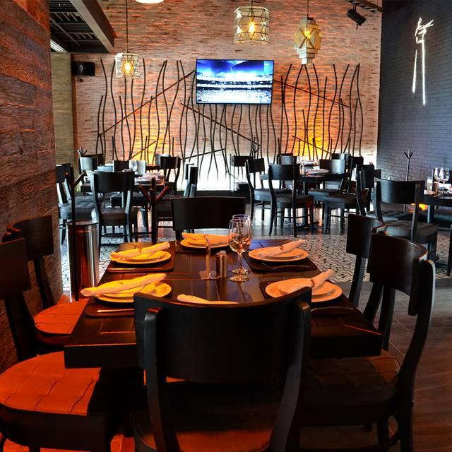 Harbors Angelópolis - Harbor's Steakhouse & Raw Bar - Angelopolis, Puebla, PUE