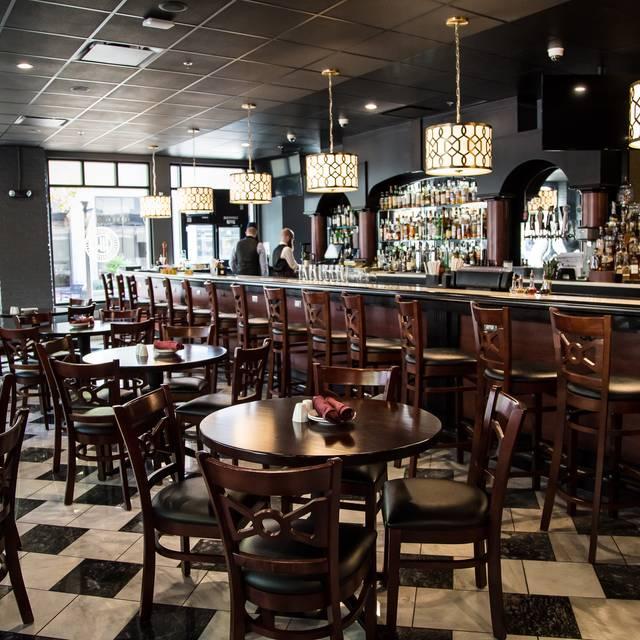 Interior Bar - Hamilton Walkers, Champaign, IL