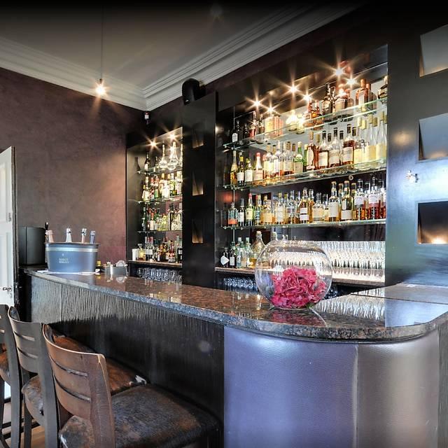 Bar - L'Ortolan, Shinfield, Berkshire