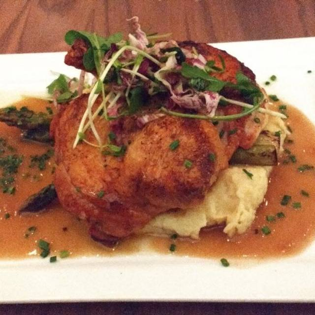 Leena S Kitchen Plymouth Restaurant Info Reviews Photos Kayak