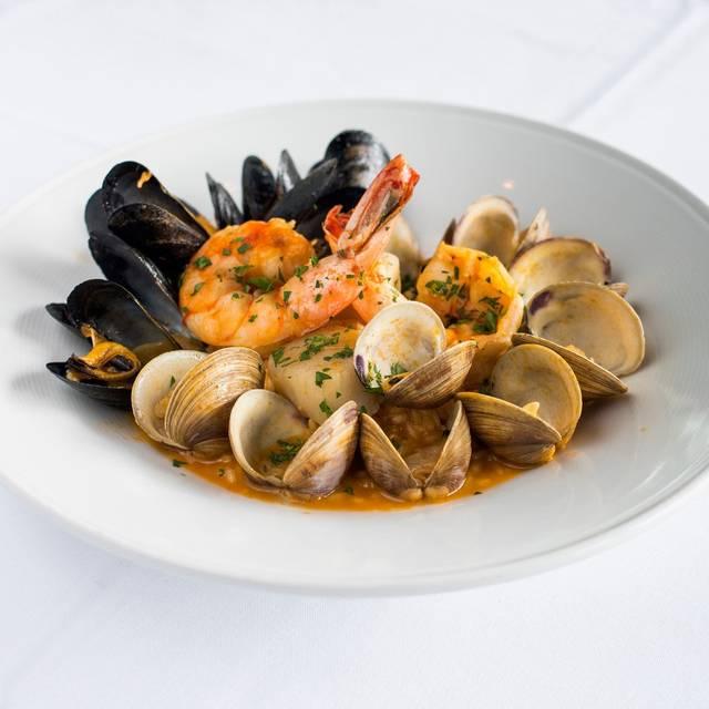 Novello Restaurant & Bar, Boca Raton, FL