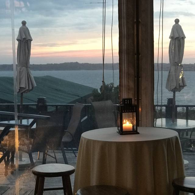 Safari Room Restaurant Newport Ri Opentable