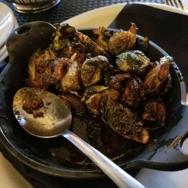 D'Amato's Restaurant & Goodnite Gracie Martini Bar, Royal Oak, MI
