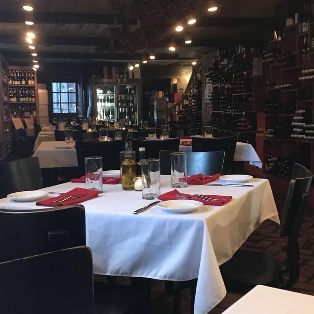 Chandler's a Restaurant, Petoskey, MI