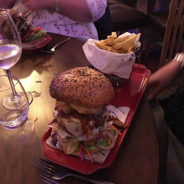 TW2 Bar and Grill Restaurant, Twickenham, Greater London