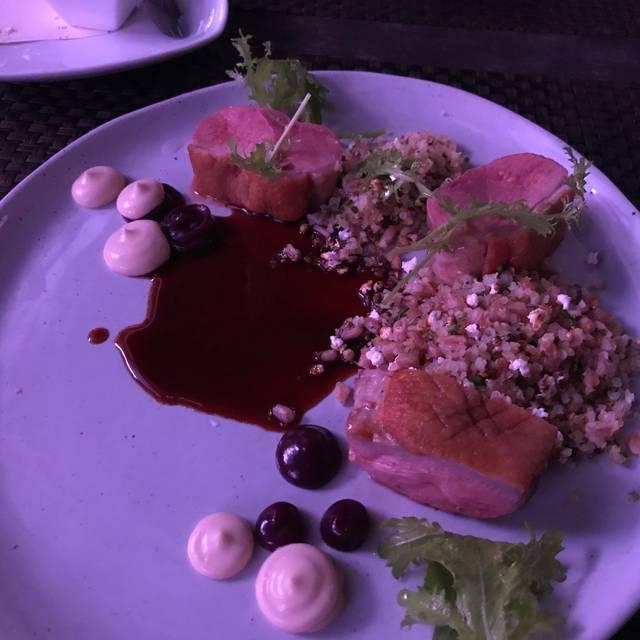 Crave Restaurant & Lounge, Poughkeepsie, NY