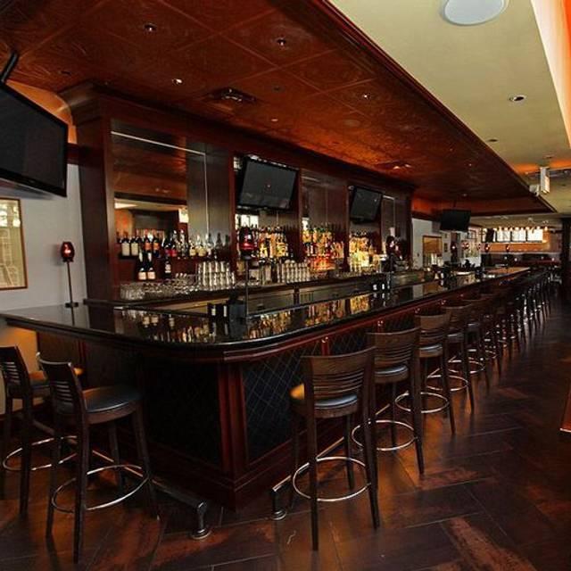 New Line Tavern, Chicago, IL