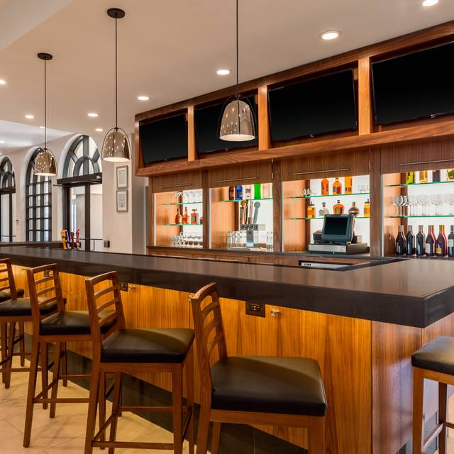 Craft  670 Bar - Craft 670 - Embassy Suites Greenville, Greenville, SC