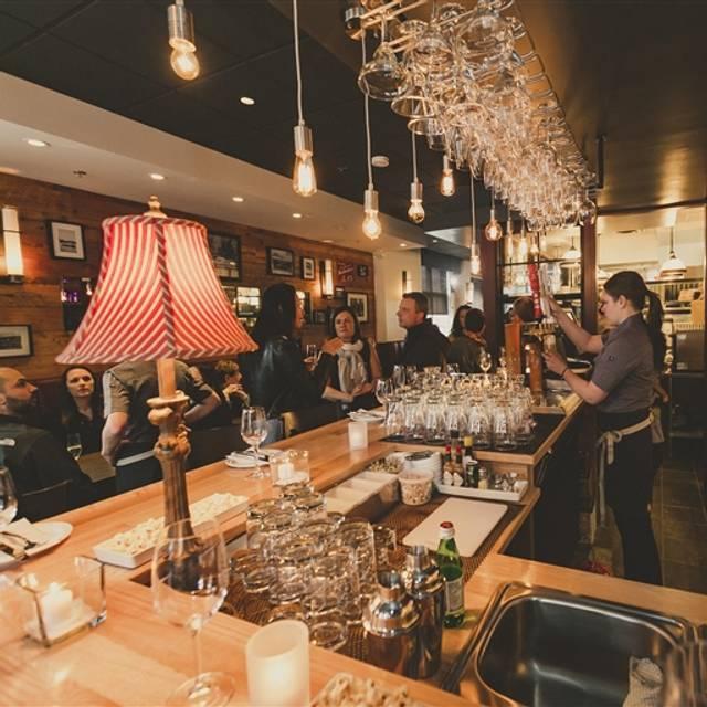 Restaurant Taverne 1855, Magog, QC