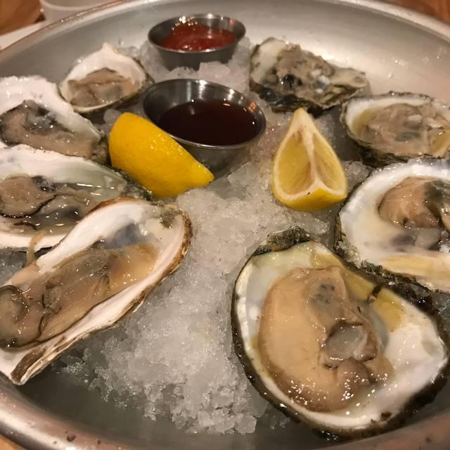 Doc Magrogan's Oyster House – Sea Isle City, Sea Isle City, NJ