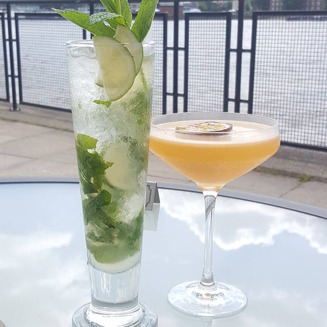 Outdoor-cocktails - Kinkao, London