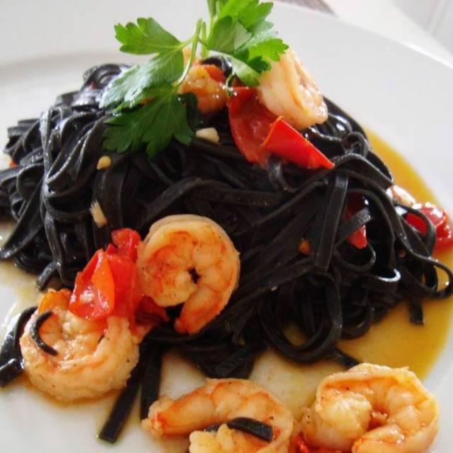 Black Linquini - La Vela Dining & Bar, New York, NY