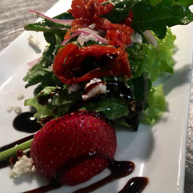 Local Strawberry Salad Brunch - AIDA Bistro & Wine Bar, Columbia, MD