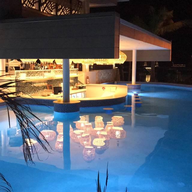 Lagoon House Restaurant Bar Fiji Marriott Resort Momi Bay