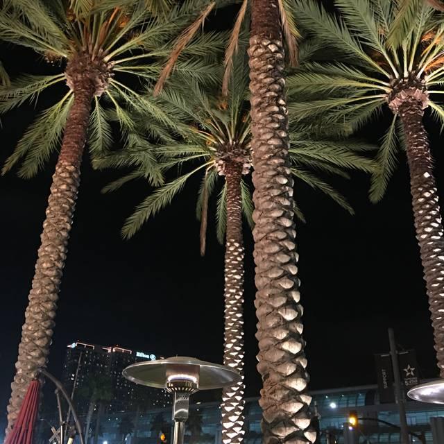 Lou & Mickey's, San Diego, CA
